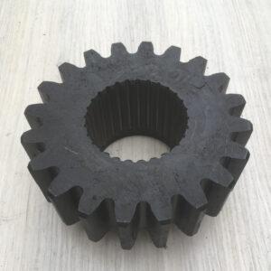 Шестерня шліцева для сільськогосподарської техніки M6-Z20-M2-Z28